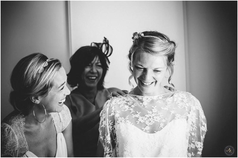 Photographe mariage préparatifs femme