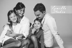 Photographe famille en Studio en Avignon -Nancy Touranche Collet