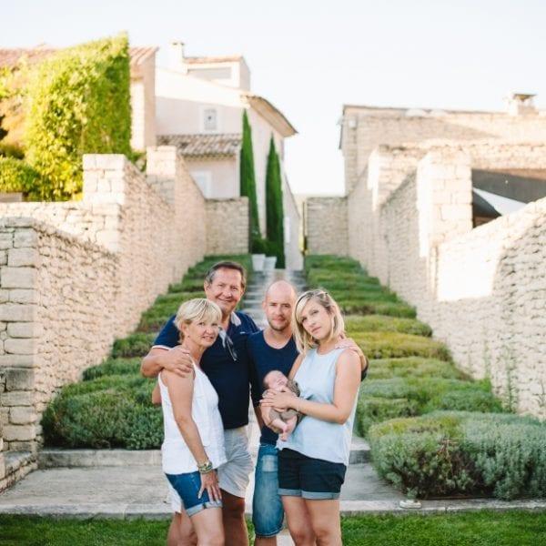 Séance famille & bébé sur Avignon - Nancy Touranche Collet